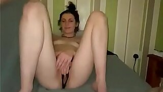 Young looking woman Deja sucks fucks and wanks her way through the night with her guy POV https://onlyfans.com/?ref=12562925