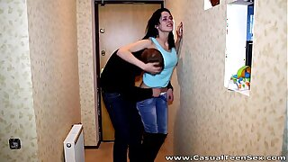 Casual Teen Sex - Willing to fuck busty Linda a stranger teen porn